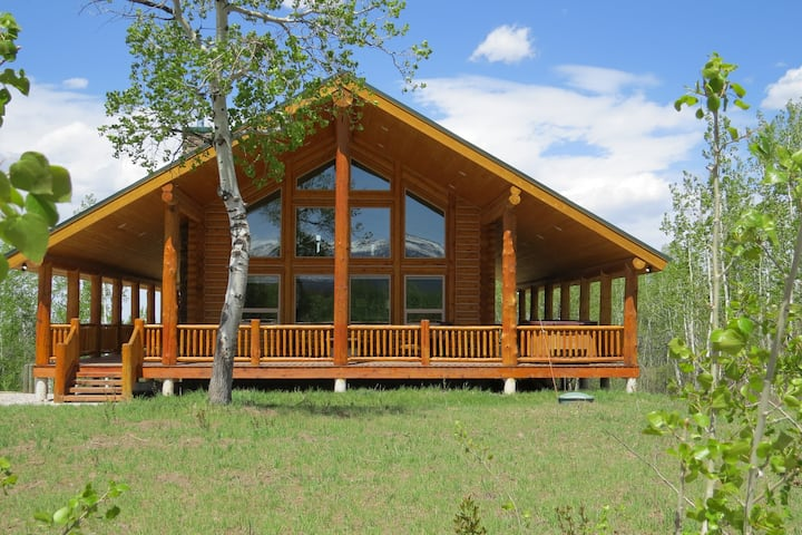 Leigh Creek Log Home
