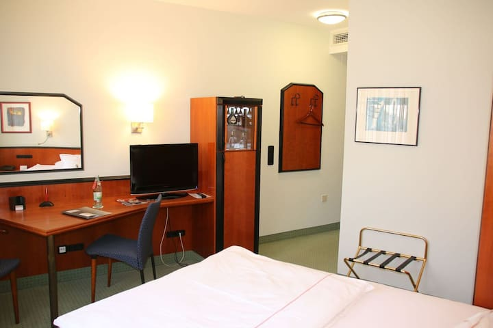 """Hotel """"Am Torturm"""" (Volkach), Doppelzimmer S zur Einzelnutzung"""