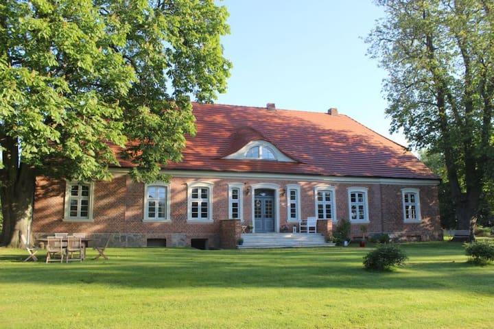 Herrenhaus Koitendorf, eine Oase der Ruhe