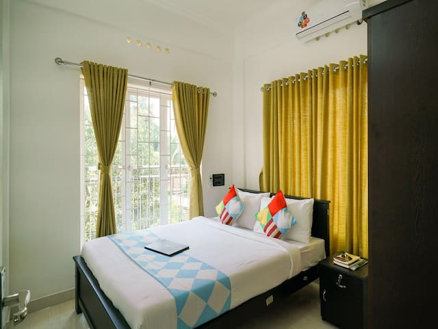 OYO - Alluring Abode 2BHK, Near Kochi Airport-Don't Miss!