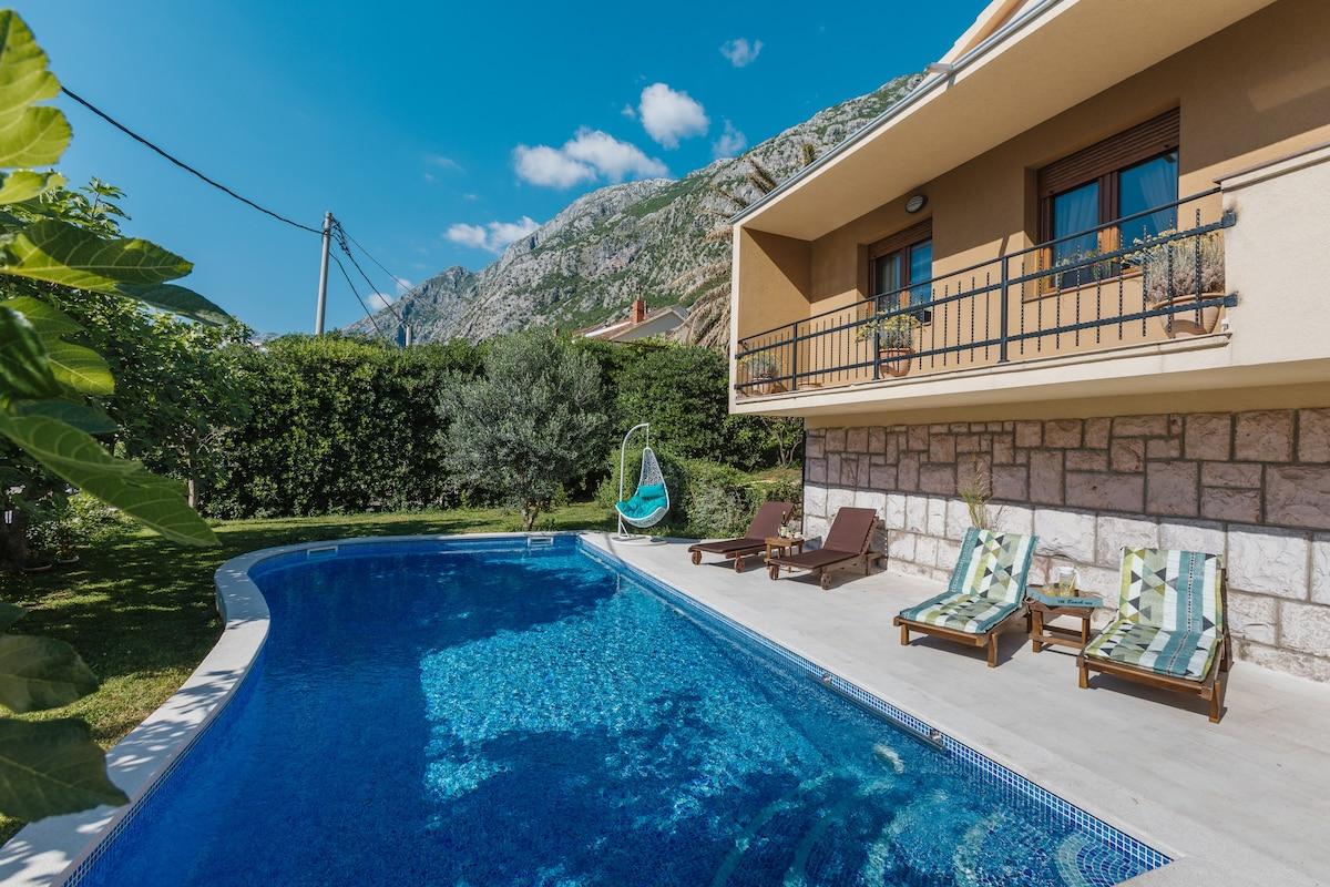 Kotor 2017: 20 Besten Ferienvillen Und Luxusvilla In Kotor   Airbnb Kotor,  Kotor Municipality, Montenegro Awesome Ideas