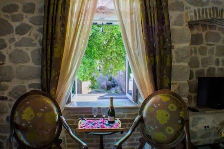Casa Rozalija (Suit with sea view) - Kotor - Bed & Breakfast