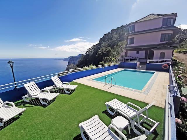 Madeira Island with Santana in Nature B&B 36