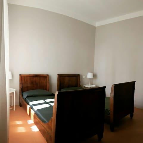 Camera 1 / Bedroom 1