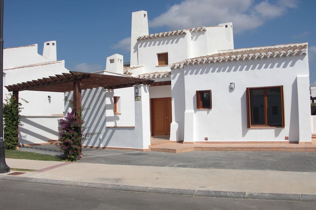 A five minute walk from the club house, our villa is excellently located for all the amenities El Valle has to offer.