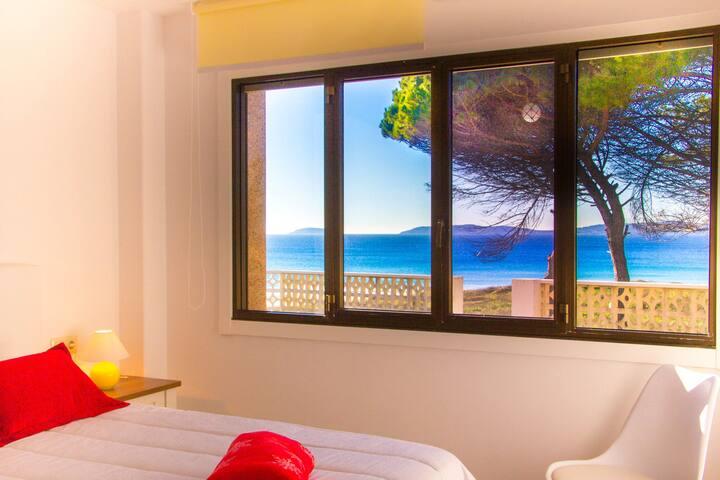 Comfortable Apartment in Sanxenxo with Terrace