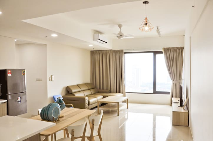 Amazing Seaview with 2 Bedrooms Apartment ★ 娳慜民宿 ★