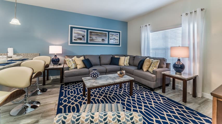 New TownHome 4br near Disney, Outlet, Universal - Kissimmee - Villa