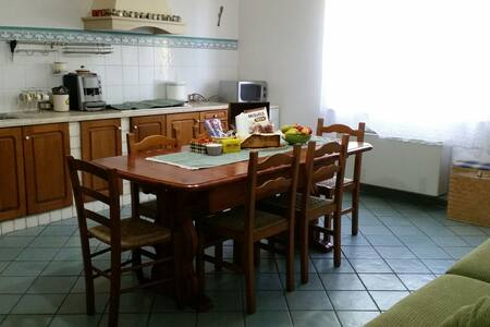 Lovely and fully furnished house, cozy and welcome - Nuoro