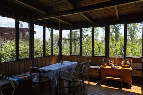 Timber lodge on Lake Neusiedl