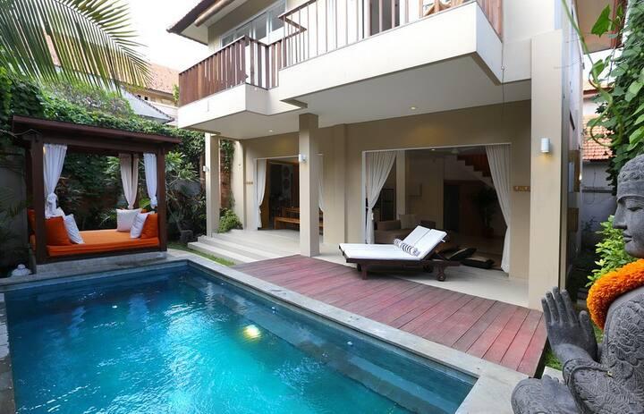 Del Mar 2, 2 Bedroom Villa by the Beach, Seminyak