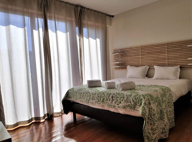 Private room in Senhora de Hora.