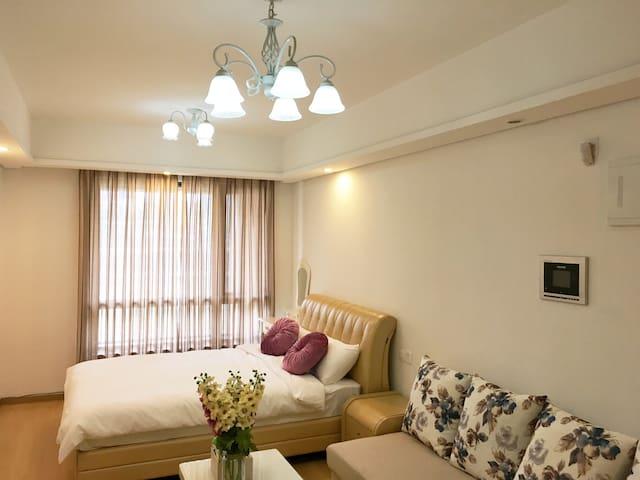 Riverbank kingroom - 重庆 - Wohnung