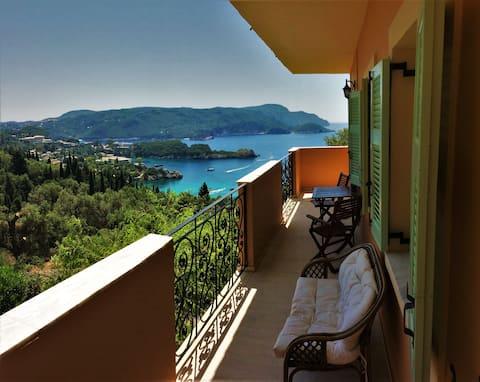 Cozy Apt w/ Seaview + Perfect romantic getaway