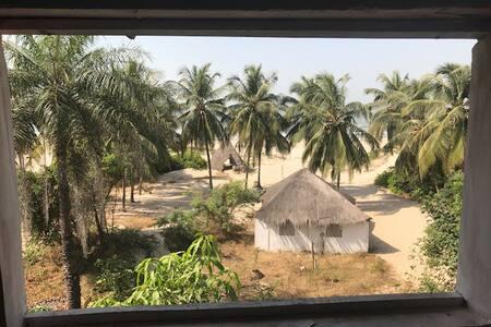 Auberge de la Paix - Hostel