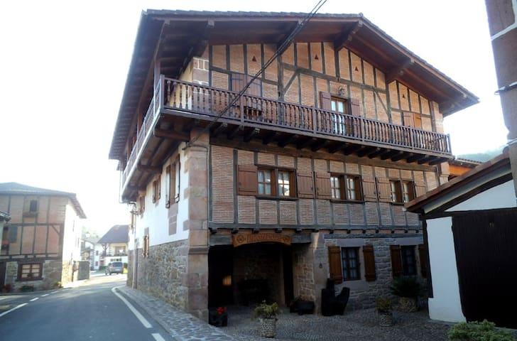 Casa rural Iriondoa II - Etxalar - Dom
