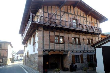 Casa rural Iriondoa II - Etxalar
