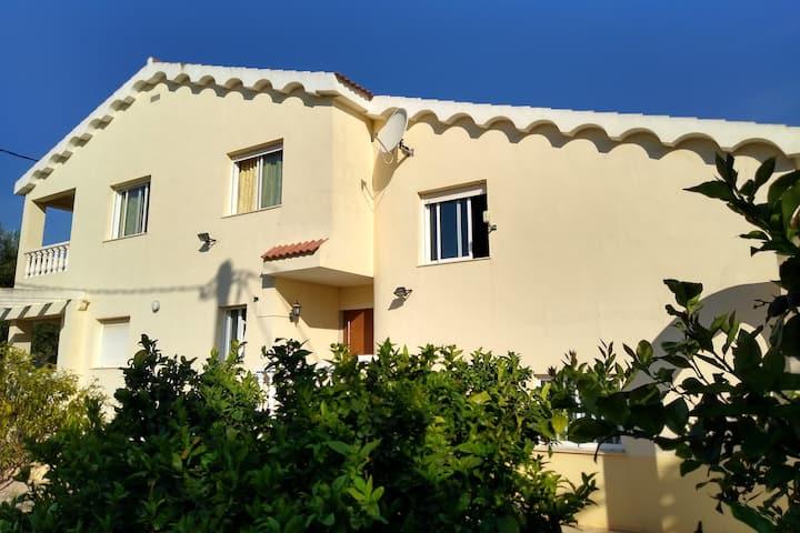 Ferienhaus in Vinaròs für bis zu 8 Pers WiFi Klima