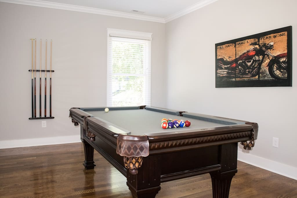Bonus room with newly installed pool table