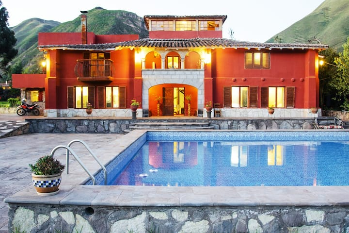 Colonial house Sacred Valley In - Urubamba