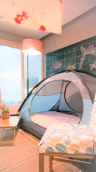 -客厅帐篷,超过两位客人提供一套床上用品作为床使用(150*200) -tent at living room, offer after two guests