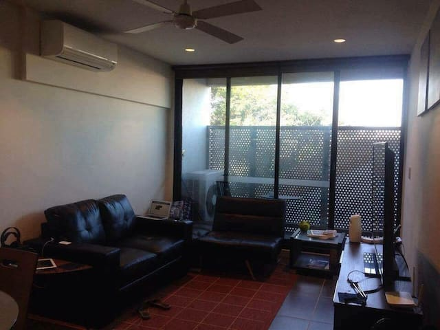 Nice environment and fun people - West Footscray - Apartment