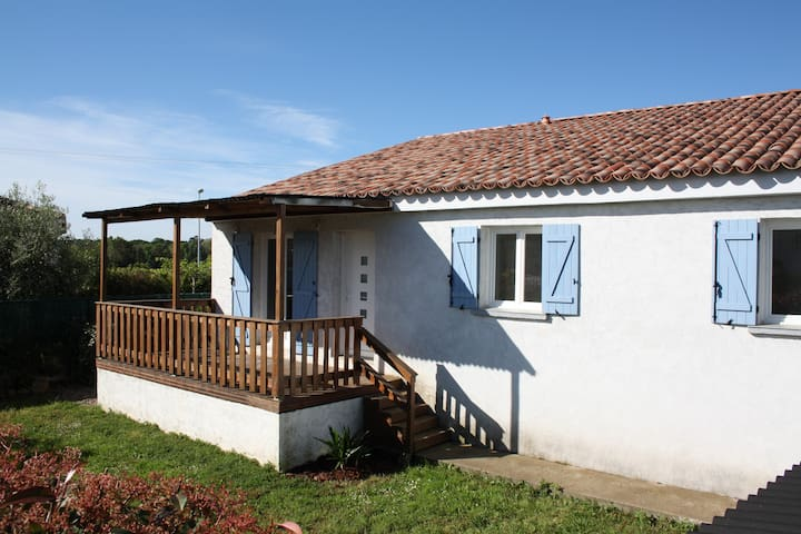 Maison Ugliastru, route de la plage à Folelli