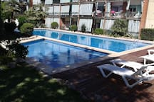 People love our swimming pool! Some of them find it even better than a beach, that is 10 min walking from the apartment.