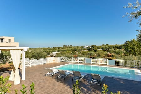Trulli with Private Pool for 4 guests in Puglia