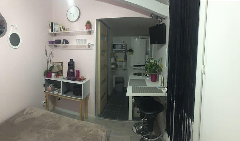 Cosy Room - Le Tignet - Casa