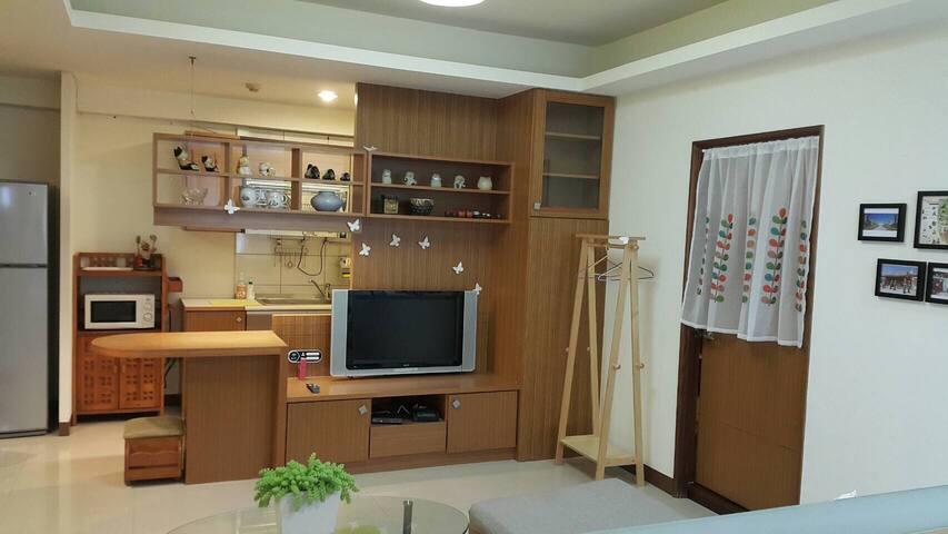 MRT 5 minutes to convenient house(4 - 鼓山區 - Apartment
