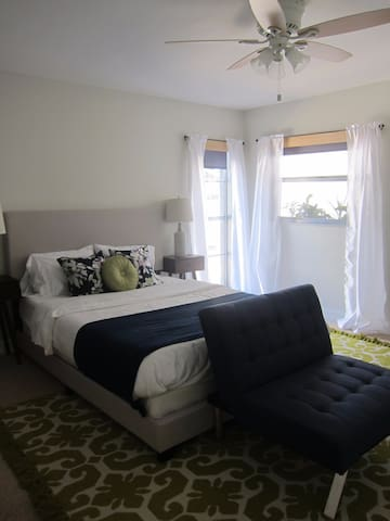 Suite room with a Sweet Family! - Naples - Hus