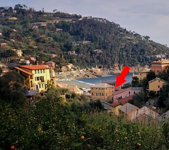 tipico monolocale marinaro Riviera Ligure