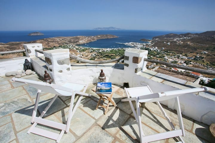 Breathtaking view Serifos (Hora) house