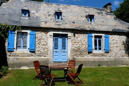 Maison au coeur des Pyrénées - Labastide - Huis