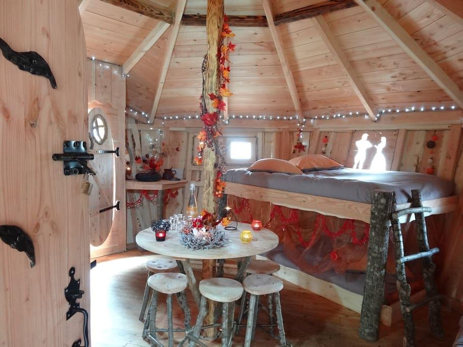 Intérieur de la cabane de Peyrehitte