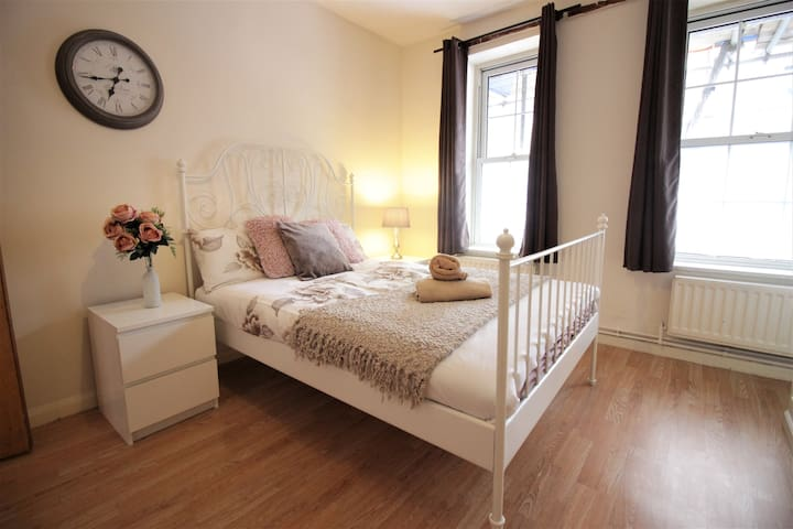 (BRU)Lovely Apartment Next to Liverpool St. Zone 1