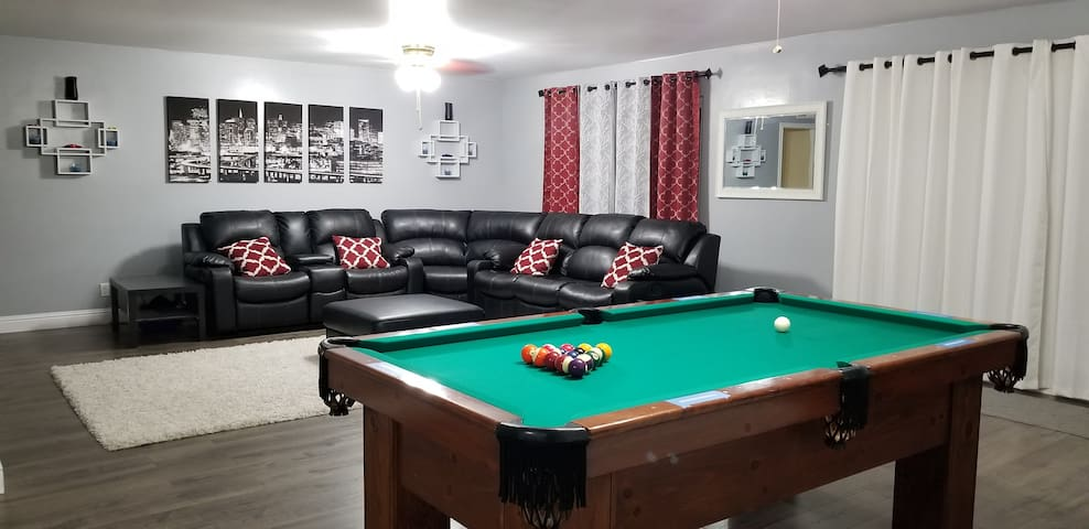Travelers Dream*Peaceful* *Cozy*Clean*Pool Table*