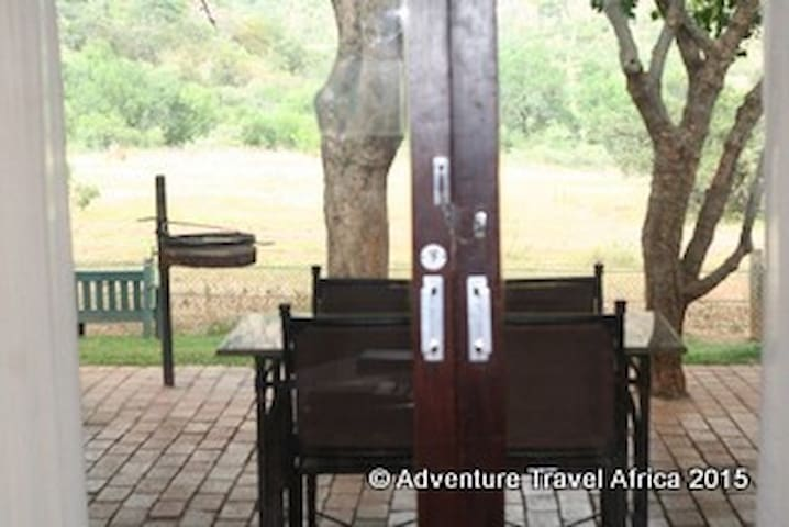 Kwa Maritane self catering Cabanas, various dates