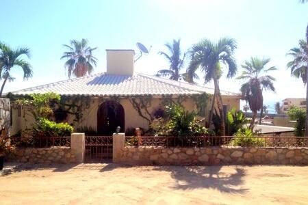 SURFER'S PARADISE,YOGA&GARDEN@COSTA AZUL,LOS CABOS - ซาน โคเซ เดล กาโบ - บ้าน