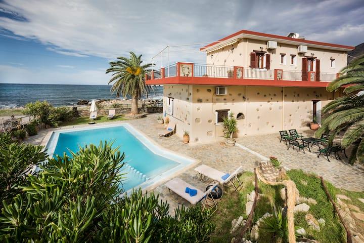 Beach front villa -private pool-Pericles villa