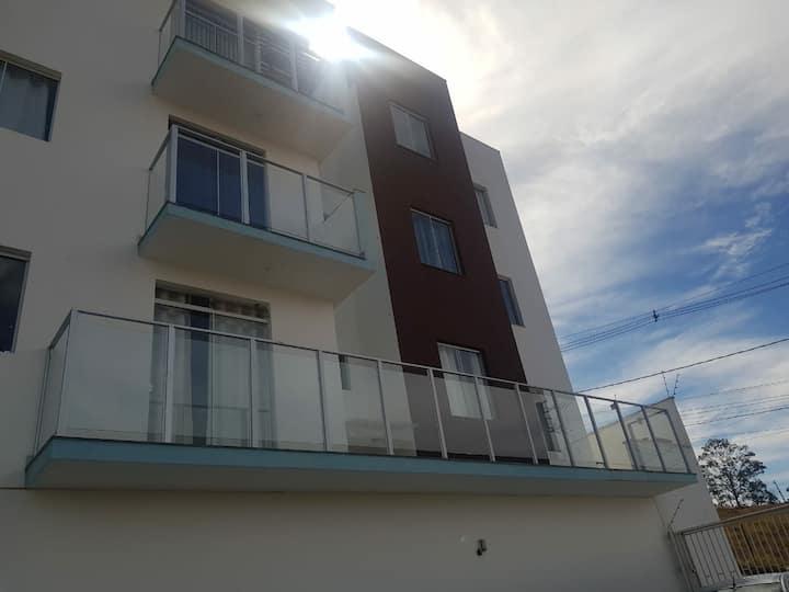 Apartamento inteiro com garagem em Diamantina/MG