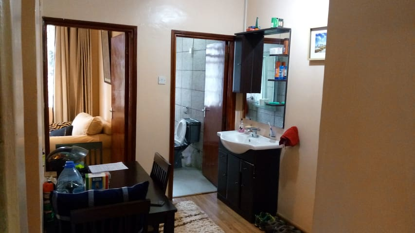 Cosy 1 Bedroom Cottage in Kitisuru with Garden - Nairobi