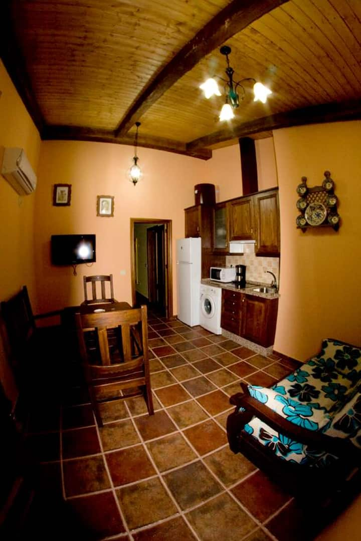 House with one bedroom in Alcántara