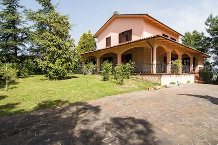 Beautiful house in country - Osimo - House