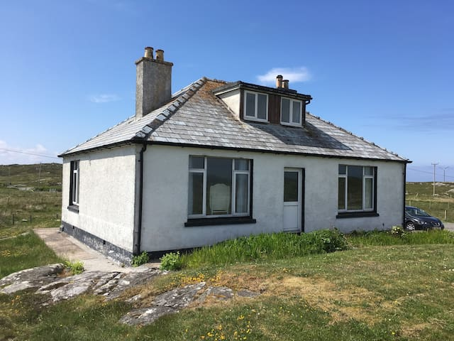 14 Hacklete, Great Bernera, Isle of Lewis