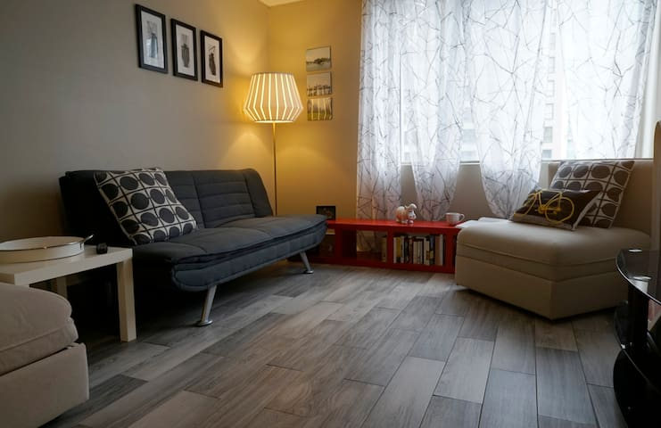 Cozy apartment - 16 floor - Downtown Montreal