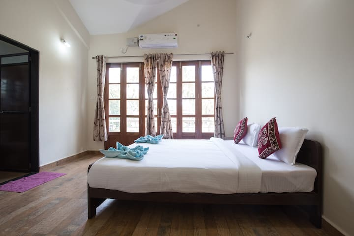 Amazing 2BHK duplex villa at Morjim (W)