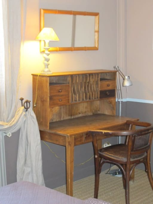 Chambre Banyuls - Le bureau