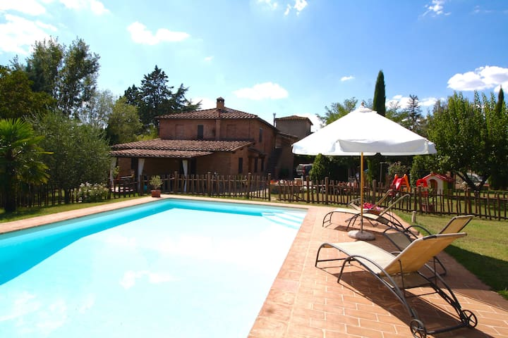 Country house Betta - Monteroni D'arbia - Casa